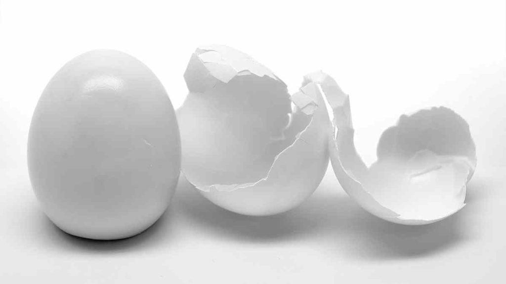 Eggshell comes off Easily
