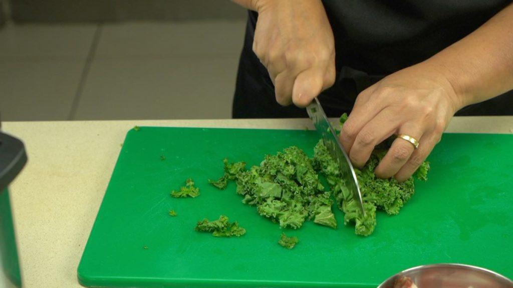 Prepare Kale For zuppa instant pot