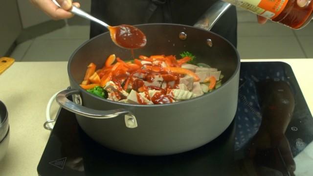 Add Bulgogi Sauce To Vegetables
