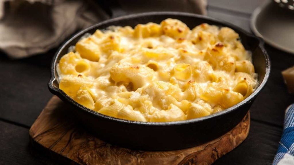 Mac And Cheese For A Crowd