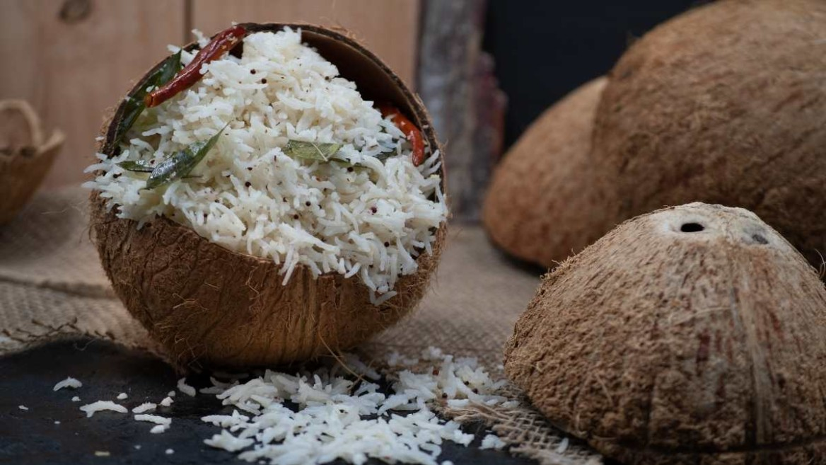 THE EASIEST COCONUT RICE EVER!