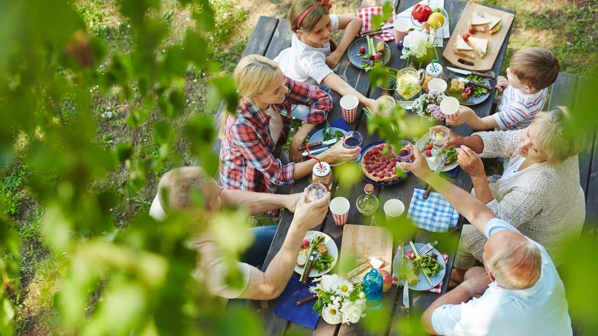 Recipes & Foods for Big Groups You Can Make Ahead of Time