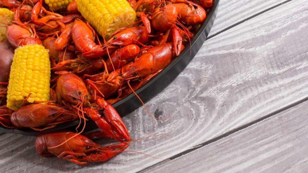 100 people - how many lbs crawfish - 700ilbs