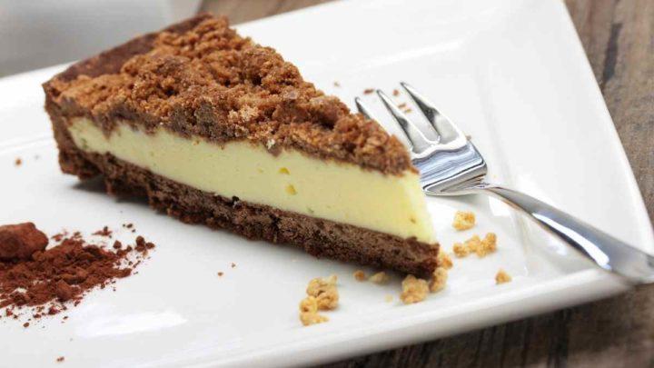 Brownie Crumble Cheesecake