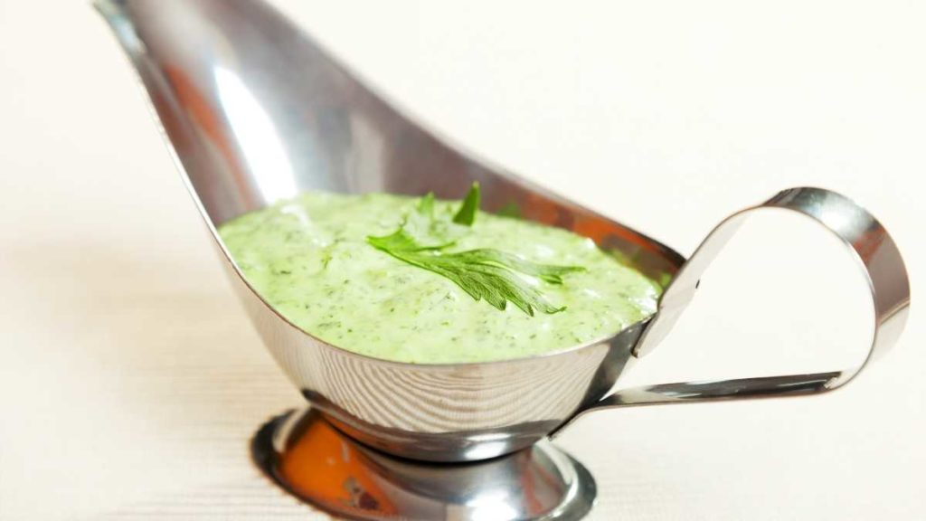 Creamy Salad dressing for 50 people