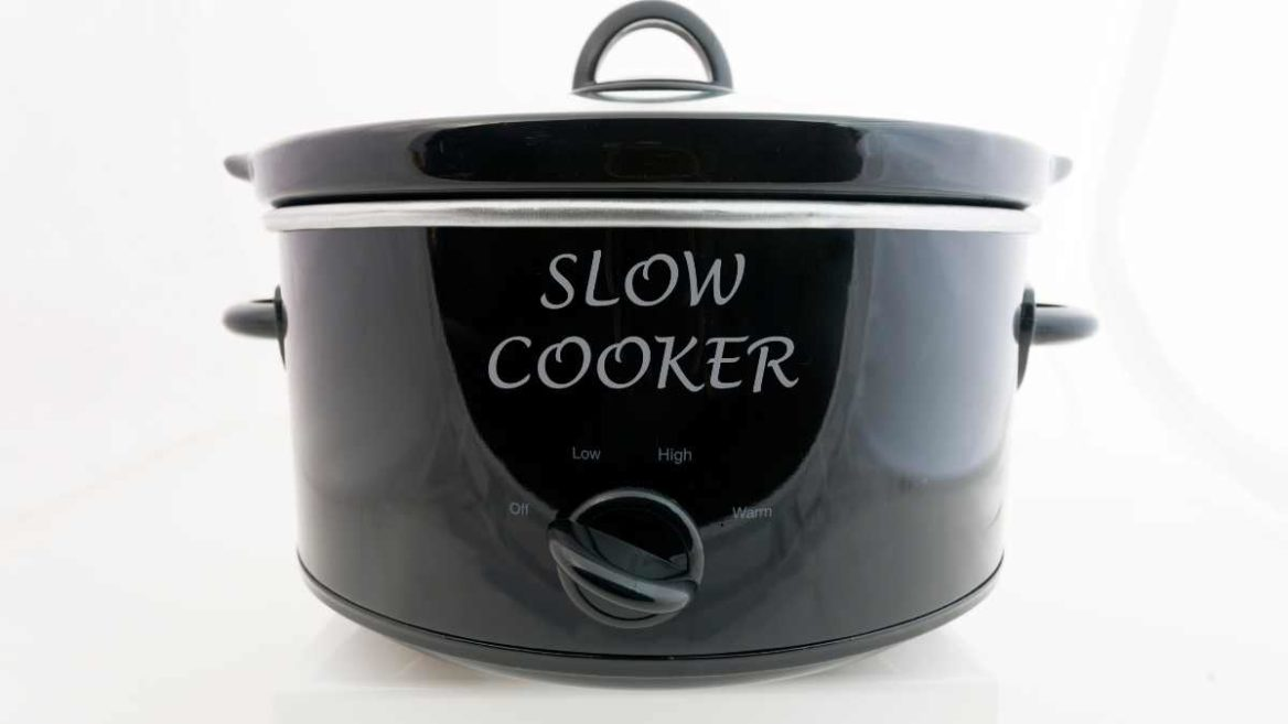 Dutch Oven Vs Slow Cooker