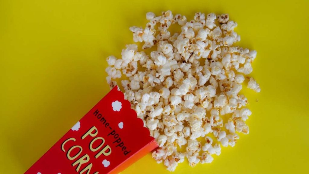 When Popcorn is the main snack - how much per person?