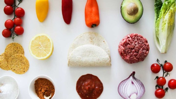 How many pounds of ground beef per person for tacos?