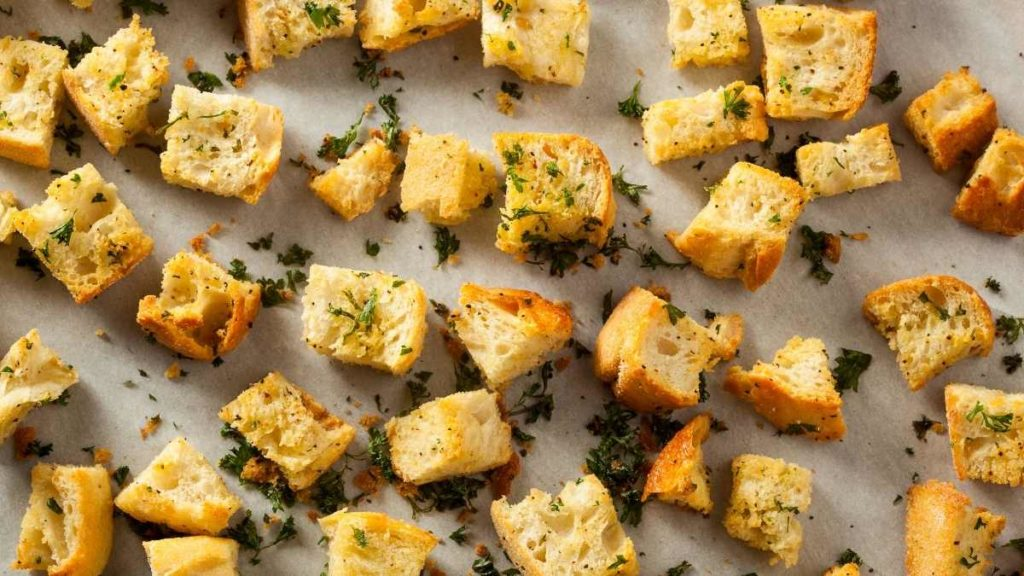 How To Make Stored Croutons Crispy Again