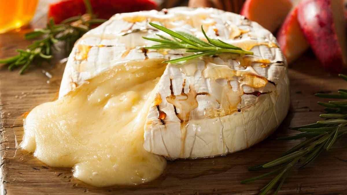 What Does Brie Taste Like