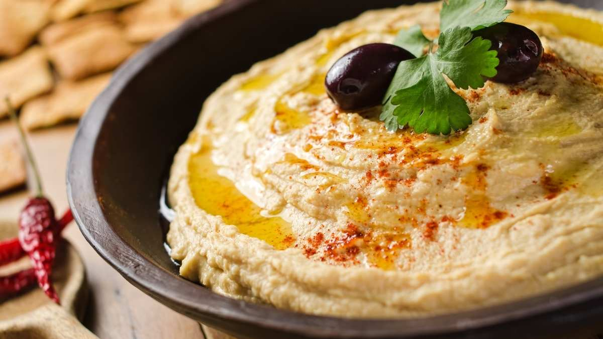 \What does Hummus taste like?