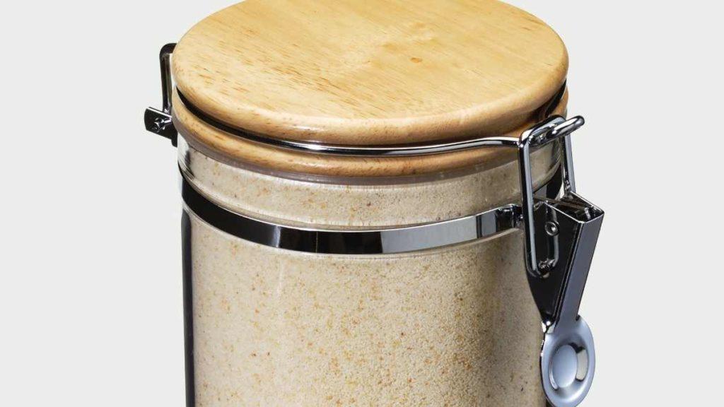 Store Breadcrumbs in an Airtight Jar